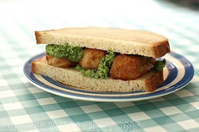 Fish Finger Sandwich with Mushy Pea Pesto by DinnerWithCrayons.com #familyfood #sandwiches #fishfingers